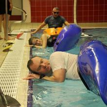 Cours de kayak en piscine