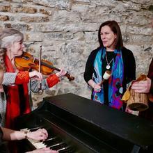 Mocassins volants : musique wendat et québécoise