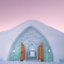 Visite de l'hôtel de glace